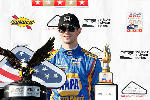 Verizon IndyCar Series<br /> ABC Supply 500<br /> Pocono Raceway, Long Pond, PA USA<br /> Sunday 20 August 2017<br /> Alexander Rossi, Curb Andretti Herta Autosport with Curb-Agajanian Honda celebrates on the podium <br /> World Copyright: Phillip Abbott<br /> LAT Images<br /> ref: Digital Image abbott_pocono_0817_8046