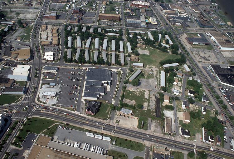 1993 May 28..Redevelopment.Church Street..CORRIDOR LOOKING NORTH.FROM VIRGINIA BEACH BLVD TO PRINCESS ANNE ROAD...NEG#.NRHA#..