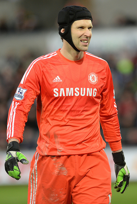 Chelsea's Petr Cech in action during todays match  <br /> <br /> Photographer /Ashley CrowdenCameraSport<br /> <br /> Football - Barclays Premiership - Swansea City v Chelsea - Saturday 17th January 2015 - Liberty Stadium - Swansea<br /> <br /> &copy; CameraSport - 43 Linden Ave. Countesthorpe. Leicester. England. LE8 5PG - Tel: +44 (0) 116 277 4147 - admin@camerasport.com - www.camerasport.com