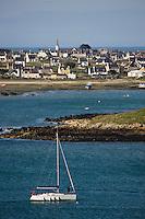 Europe/France/Bretagne/29/Finistère/L'Aber Wrac'h: Vue sur l 'Aber et la commune de Lilia  depuis le sémaphore