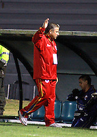 TUNJA - COLOMBIA -04 -10-2015: Guillermo Berrio, técnico de Deportivo Pasto, durante partido entre Boyaca Chico FC y Deportivo Pasto, por la fecha 15 de la Liga Aguila II-2015, jugado en el estadio La Independencia de la ciudad de Tunja. /  Guillermo Berrio, coach of Deportivo Pasto, during a match between Boyaca Chico FC and Deportivo Pasto, for the date 15 of the Liga Aguila II-2014 at the La Independencia  stadium in Tunja city, Photo: VizzorImage  / Cesar Melgarejo / Cont.