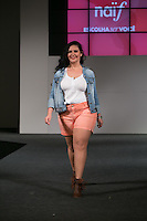 SÃO PAULO, SP, 24.07.2016 - MODA-SP - Desfile da marca Naïf  durante o 14 Fashion Weekend Plus Size que acontece neste domingo, 24 no Centro de Convenções Frei Caneca.(Foto: Ciça Neder/Brazil Photo Press)