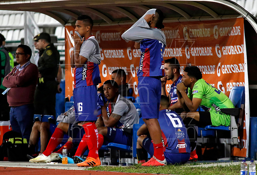 MANIZALES-COLOMBIA, 29-10-2019: Jugadores de Unión Magdalena, reaccionan al perder partido con Once Caldas y la categoría al final de partido de la fecha 20 entre Once Caldas y Unión Magdalena, por la Liga de Águila II 2019 en el estadio Palogrande en la ciudad de Manizales. / Players of Union Magdalena, react by losing match with Once Caldas and the category at the end of the match of the 20th date between Once Caldas and Union Magdalena, for the Aguila Leguaje II 2019 at the Palogrande stadium in Manizales city. Photo: VizzorImage  / Santiago Osorio / Cont.