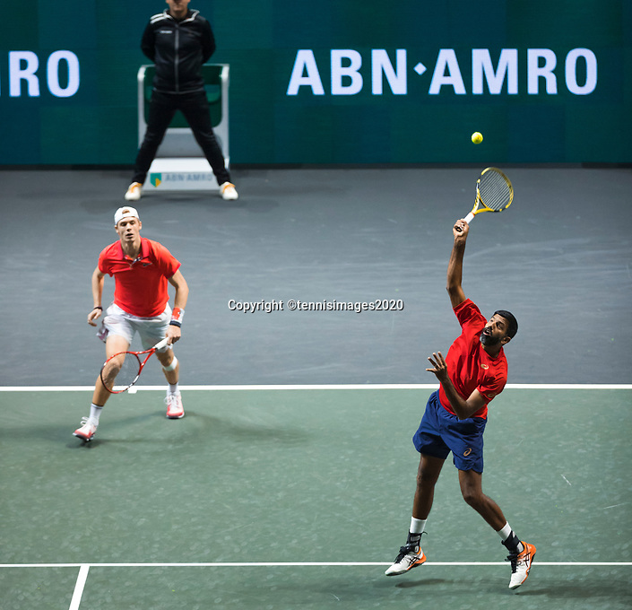 Rotterdam, The Netherlands, 15 Februari 2020, ABNAMRO World Tennis Tournament, Ahoy,<br /> Rohan Bopanna (IND) and Denis Shapovalov (CAN).<br /> Photo: www.tennisimages.com
