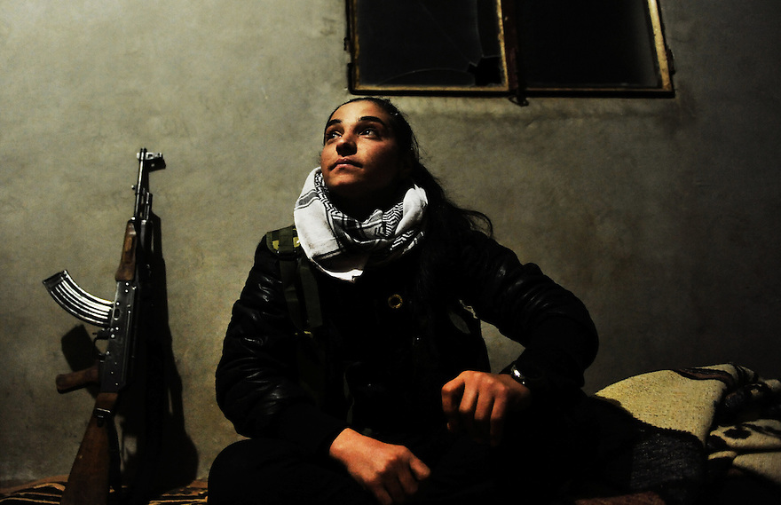 Syria : womens fighters