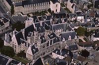 Europe/France/Centre/18/Cher/Bourges : Le palais Jacques Coeur édifié entre 1443 et 1450 ,Vue  aérienne