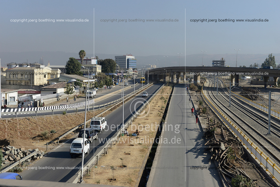 ETHIOPIA, Addis Ababa, construction of 700 km new electric railway line to Djibouti by CCECC Chinese Civil Engineering Construction Corporation and CREC China Railway Engineering Corporation / AETHIOPIEN, Addis Abeba, Bau einer neuen elektrifizierten Bahnstrecke zum Hafen Djibouti durch CCECC Chinese Civil Engineering Construction Corporation und CREC China Railway Engineering Corporation
