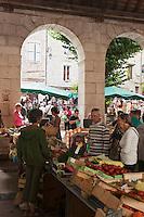 Europe/France/Midi-Pyrénées/46/Lot/Souillac: la marché sous la halle