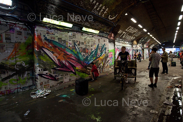 """London, 20/08/2011. Leake Street Tunnel, well known as """"The Tunnel"""", was today the theater and the art gallery of the 'Battle of Waterloo 2'. A gathering of London's talented street artists battled for supremacy using cans of spray paint, art, creativity and imagination."""