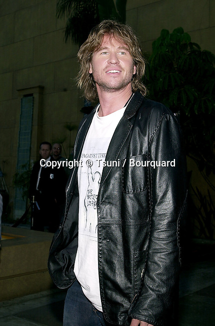 Val Kilmer arriving at the premiere of Salton Sea at the Egyptian Theatre in Los Angeles. April 23, 2002.           -            KilmerVal04.jpg