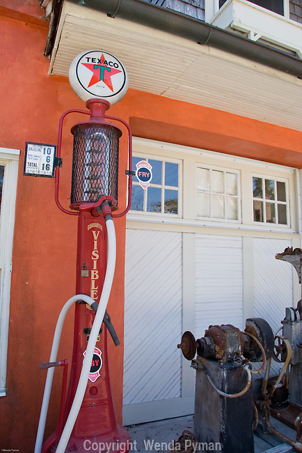 Old Texaco gas pump.