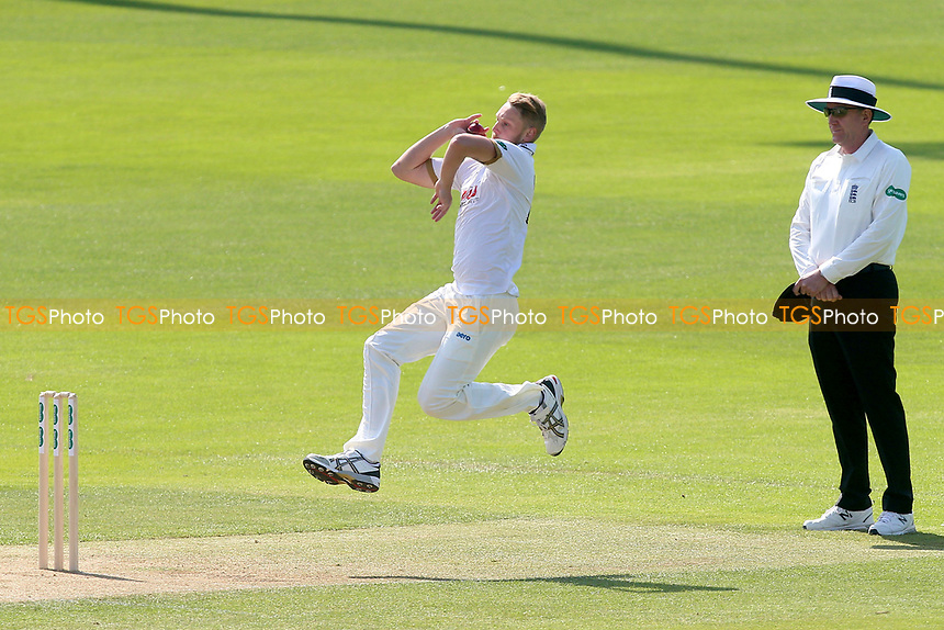 Janie Porter in bowling action for Essex during Essex CCC vs Lancashire CCC, Specsavers County Championship Division 1 Cricket at The Cloudfm County Ground on 21st April 2018
