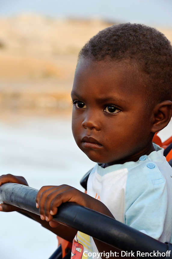 Kind in Santa Maria, Sal, Kapverden, Afrika