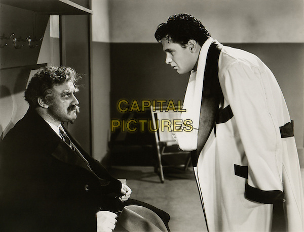 Lee J. Cobb & William Holden.in Golden Boy.*Filmstill - Editorial Use Only*.CAP/PLF.Supplied by Capital Pictures.