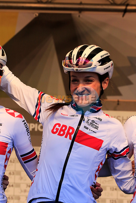 Elizabeth Deignan of Great Britain at sign on for the start of the Women Elite Road Race of the UCI World Championships 2019 running 149.4km from Bradford to Harrogate, England. 28th September 2019.<br /> Picture: Eoin Clarke | Cyclefile<br /> <br /> All photos usage must carry mandatory copyright credit (© Cyclefile | Eoin Clarke)