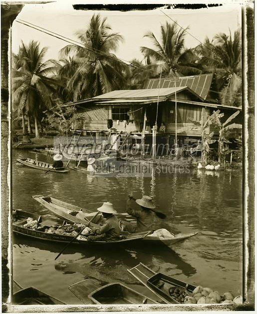 Thailande/Env de Bangkok: Marché Flottant de Tha Kha