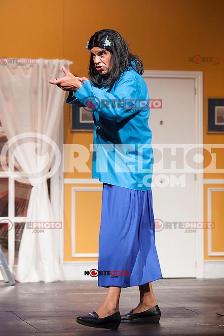 Actor Andoni Ferreno performs `El Clan de las Divorciadas´ theater play in Madrid, Spain. August 19, 2015. (ALTERPHOTOS/Victor Blanco)