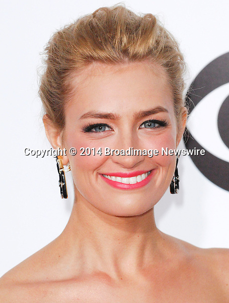 Pictured: Beth Behrs<br /> Mandatory Credit &copy; Adhemar Sburlati/Broadimage<br /> People's Choice Awards 2014 - Arrivals<br /> <br /> 1/8/14, Los Angeles, California, United States of America<br /> <br /> Broadimage Newswire<br /> Los Angeles 1+  (310) 301-1027<br /> New York      1+  (646) 827-9134<br /> sales@broadimage.com<br /> http://www.broadimage.com