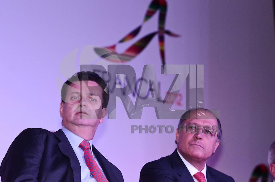 SAO PAULO, 26 DE JUNHO DE 2012 - ABERTURA FRANCAL 2012 - Prefeito Gilberto Kassab e o Governador Geraldo Alckmin em Cerimonia de abertura da Francal 2012, na manha desta terca feira, no Anhembi, regiao norte da capital. FOTO: ALEXANDRE MOREIRA - BRAZIL PHOTO PRESS