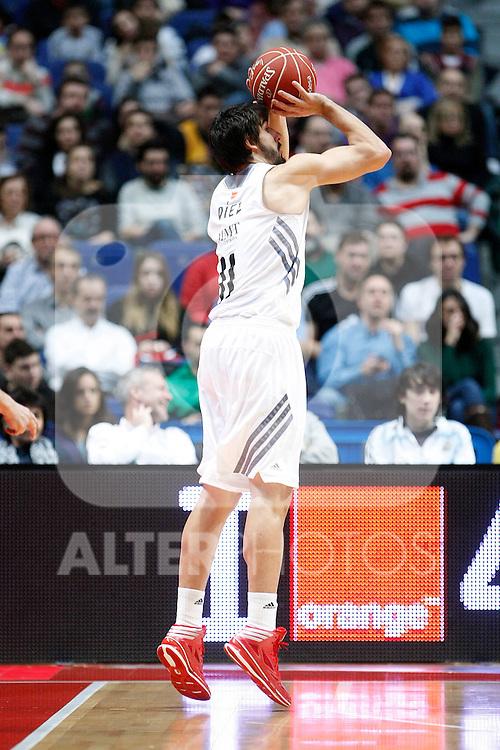 Real Madrid's Daniel Diez during Liga Endesa ACB match.January 12,2014. (ALTERPHOTOS/Acero)