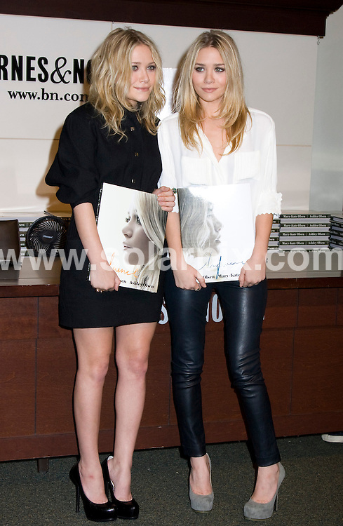 "**ALL ROUND PICTURES FROM SOLARPIX.COM**.**SYNDICATION RIGHTS FOR UK, SPAIN, PORTUGAL, AUSTRALIA, S.AFRICA & DUBAI (U.A.E) ONLY**.Mary-Kate Olsen and Ashley Olsen Sign Copies of ""Influence"" at Barnes & Noble in New York USA.JOB REF:7742     PHZ/Mayer   DATE: 28.10.08.**MUST CREDIT SOLARPIX.COM OR DOUBLE FEE WILL BE CHARGED* *UNDER NO CIRCUMSTANCES IS THIS IMAGE TO BE REPRODUCED FOR ANY ONLINE EDITION WITHOUT PRIOR PERMISSION*"