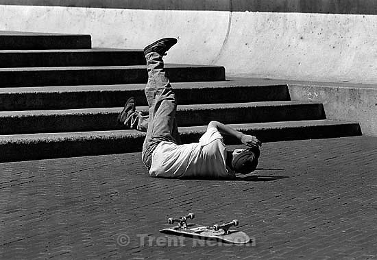 Anthony Quayle skateboarding<br />