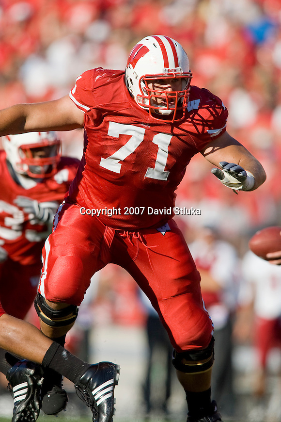 MADISON, WI - SEPTEMBER 1: Offensive lineman Eric Vanden Heuvel #71 of the Wisconsin Badgers prepares to block against the Washington State Cougars at Camp Randall Stadium on September 1, 2007 in Madison, Wisconsin. The Badgers beat the Cougars 42-21. (Photo by David Stluka)