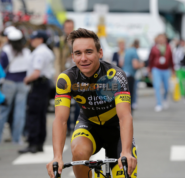 Bryan Coquard (FRA) Direct Energie makes his way to sign on before the start of Stage 3 of the 2016 Tour de France, running 223.5km from Granville to Angers, France . 4th July 2016.<br /> Picture: Eoin Clarke | Newsfile<br /> <br /> <br /> All photos usage must carry mandatory copyright credit (&copy; Newsfile | Eoin Clarke)