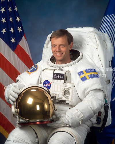 "Houston, TX - (FILE) -- Photo dated January 31, 2003 of Astronaut Christer Fuglesang, mission specialist, STS-127, representing the European Space Agency (ESA). Commander Rick Sturckow will lead the STS-128 mission to the International Space Station aboard space shuttle Discovery with Kevin Ford serving as pilot. It is scheduled for launch on August 25, 2009.  Also serving aboard Discovery are mission specialists Patrick Forrester, José Hernández, John ""Danny"" Olivas, Christer Fuglesang and Nicole Stott.  Stott will remain on the station as an Expedition 20 flight engineer replacing Timothy Kopra. Kopra will return home aboard Discovery as a mission specialist.  Discovery is carrying the Leonardo Multi-Purpose Logistics Module containing life support racks and science racks. The Lightweight Multi-Purpose Experiment Support Structure Carrier will also be launched in Discovery's payload bay.  This is Discovery's 37th mission to space and the 30th mission of a space shuttle dedicated to the assembly and maintenance of the International Space Station. .Credit: NASA via CNP"
