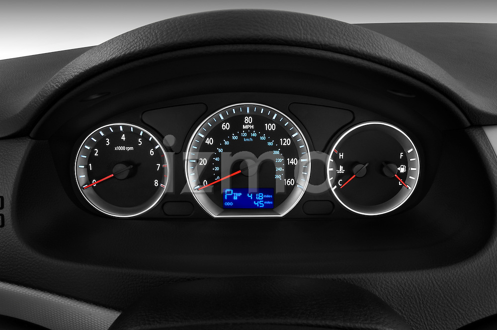 Instrument panel close up detail view of a 2010 Hyundai Sonata GLS