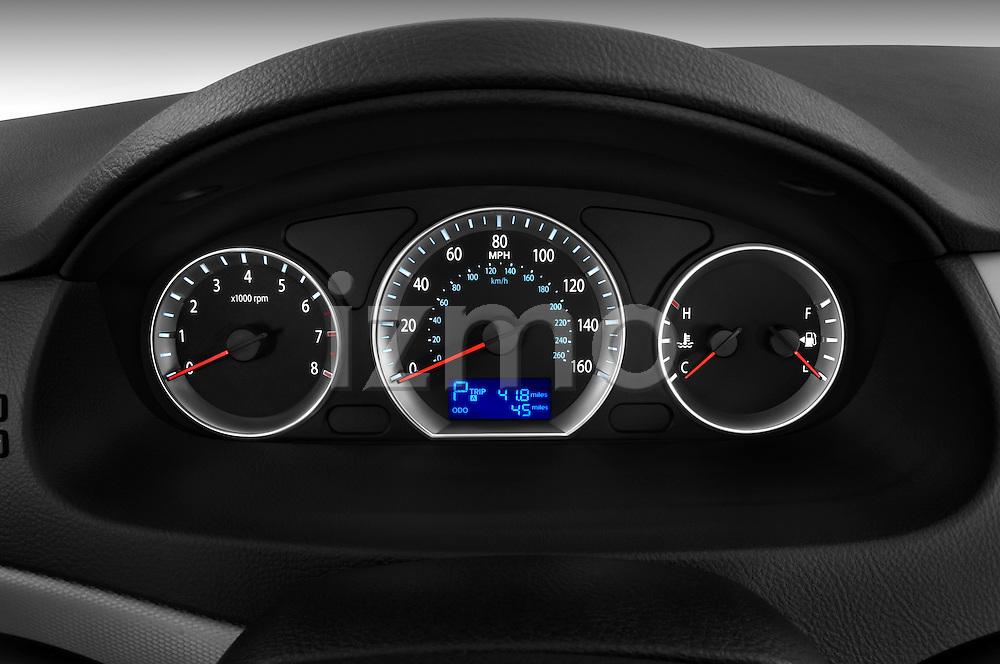 Instrument panel close up detail view of a 2010 Hyundai Sonata GLS