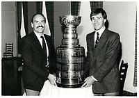 La Coupe Stanley lors de l'inauguration d'une nouvelle salle de brassage chez MOLSON<br /> , 4 juin 1986<br /> <br /> <br /> PHOTO :  Agence Quebec Presse