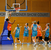 29th November 2019; Bendat Basketball Centre, Perth, Western Australia, Australia; Womens National Basketball League Australia, Perth Lynx versus Southside Flyers; Ariel Atkins of the Perth Lynx lays up at the basket - Editorial Use