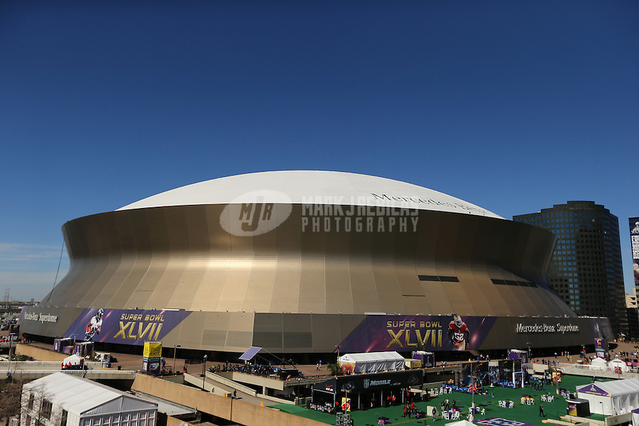Feb 3, 2013; New Orleans, LA, USA; Overall exterior view of Mercedes-Benz Superdome prior to Super Bowl XLVII between the Baltimore Ravens against San Francisco 49ers. Mandatory Credit: Mark J. Rebilask-