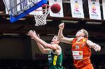 S&ouml;dert&auml;lje 2015-01-17 Basket Basketligan S&ouml;dert&auml;lje Kings - Bor&aring;s Basket :  <br /> S&ouml;dert&auml;lje Kings Carl Engstr&ouml;m i duell under korgen med Bor&aring;s Christian Mar&aring;ker under matchen mellan S&ouml;dert&auml;lje Kings och Bor&aring;s Basket <br /> (Foto: Kenta J&ouml;nsson) Nyckelord:  Basket Basketligan S&ouml;dert&auml;lje Kings SBBK T&auml;ljehallen Bor&aring;s