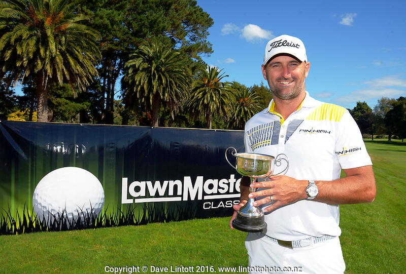 Tournament champion Michael Hendry. The final day of the Jennian Homes Charles Tour Lawnmaster Classic Manawatu Open at Manawatu Golf Club, Palmerston North, New Zealand on Saturday, 20 March 2016. Photo: Dave Lintott / lintottphoto.co.nz