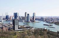 Nederland - Rotterdam - 26 maart 2018.  De Maas. Op de voorgrond Het Park.   Foto Berlinda van Dam / Hollandse Hoogte.