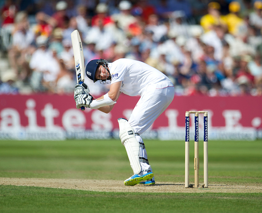 England's Joe Root <br /> <br />  (Photo by Stephen White/CameraSport) <br /> <br /> International Cricket - First Investec Ashes Test Match - England v Australia - Day 2 - Thursday 11th July 2013 - Trent Bridge - Nottingham<br /> <br /> &copy; CameraSport - 43 Linden Ave. Countesthorpe. Leicester. England. LE8 5PG - Tel: +44 (0) 116 277 4147 - admin@camerasport.com - www.camerasport.com