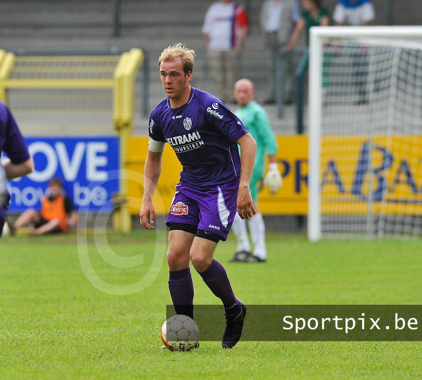 Sporting West Harelbeke : Rob Claeys.foto VDB / BART VANDENBROUCKE