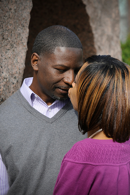 Lifestyle Family Portraits on location at the Smithsonian Castle Gardens, Washington DC. Photos by John Drew, www.professionalimage.com