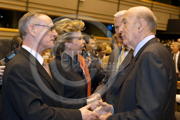 BRUSSELS - BELGIUM - 28 February 2002--The opening of the Convention on the future of the European Union in the EU-Parliament.--The President of the Connvention Val?ry Giscard D'Estaing (R) with Commissioners Michel Barnier and Viviane Reding and Klaus H?nsch the Vice President of the Parliament Delegation.-- PHOTO: EUP-IMAGES.COM / JUHA ROININEN
