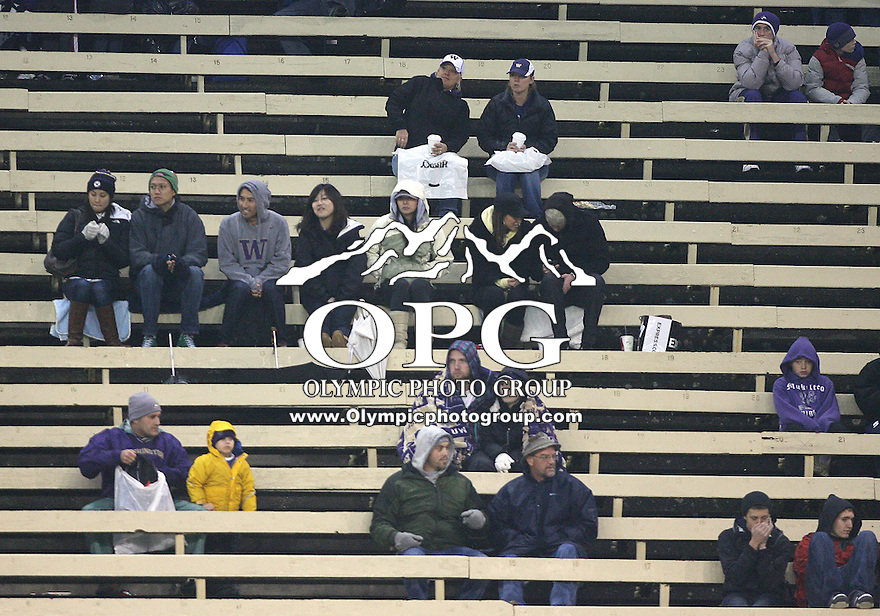 Oct 30, 20010:  Washington fans left very early in during the third quarter as action started to stroll for the Huskies and the weather turned from rain to below temperatures.  Stanford defeated Washington 41-0 at Husky Stadium in Seattle, Washington.