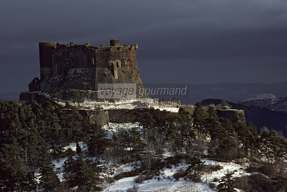 Europe/France/Auverne/63/Puy-de-Dôme/Murol: Le Château de Murol (XIII-XVIème siècles)