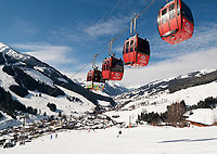 Oesterreich, Salzburger Land, Saalbach-Hinterglemm: beliebtes Skigebiet bei Zell am See | Austria, Salzburger Land, Saalbach-Hinterglemm: popular ski resort near Zell am See