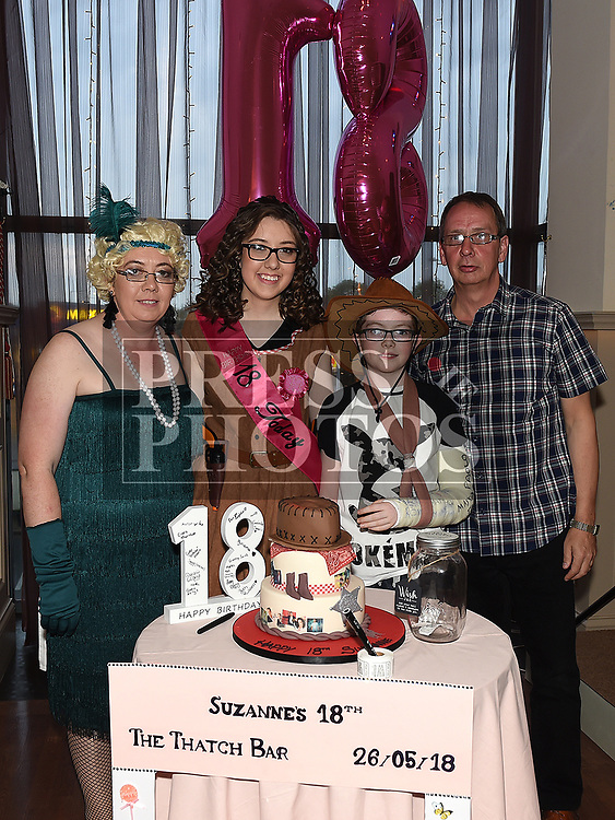 Suzanne Carroll celebrating her 18th birthday in the Thatch with parents Martin and Michelle and brother Aaron. Photo:Colin Bell/pressphotos.ie