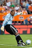 Chivas USA goalkeeper Zach Thornton (22) takes a goal kick.  Houston Dynamo defeated CD Chivas USA 1-0 at Robertson Stadium in Houston, TX on June 10, 2009.