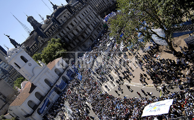 People outside the Presidential Palace waiting for the last farewell to former President of Argentina Nestor Kirchner who died at the age of 60.
