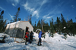 Cabane de la vallée des fantômes dans les Monts Valin. Quebec en hiver. Canada.