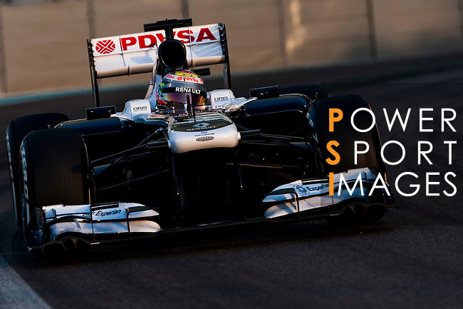 Valtteri Bottas of Finland and Williams F1 Team Team drives during the Abu Dhabi Formula One Grand Prix 2013 at the Yas Marina Circuit on November 3, 2013 in Abu Dhabi, United Arab Emirates. Photo by Victor Fraile / The Power of Sport Images
