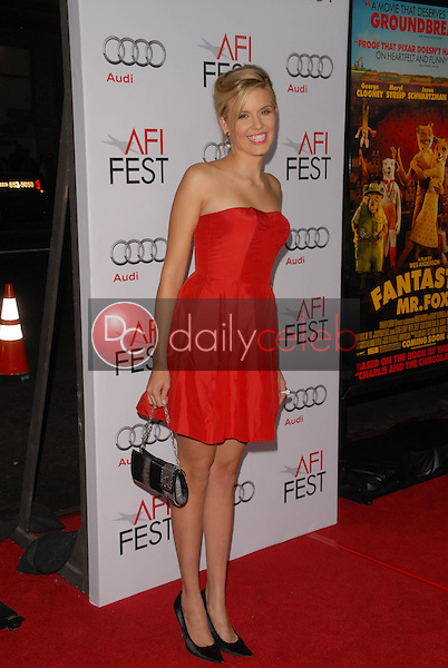 Maggie Grace<br />